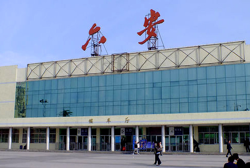 六安火車站—六安保潔公司-外墻清洗